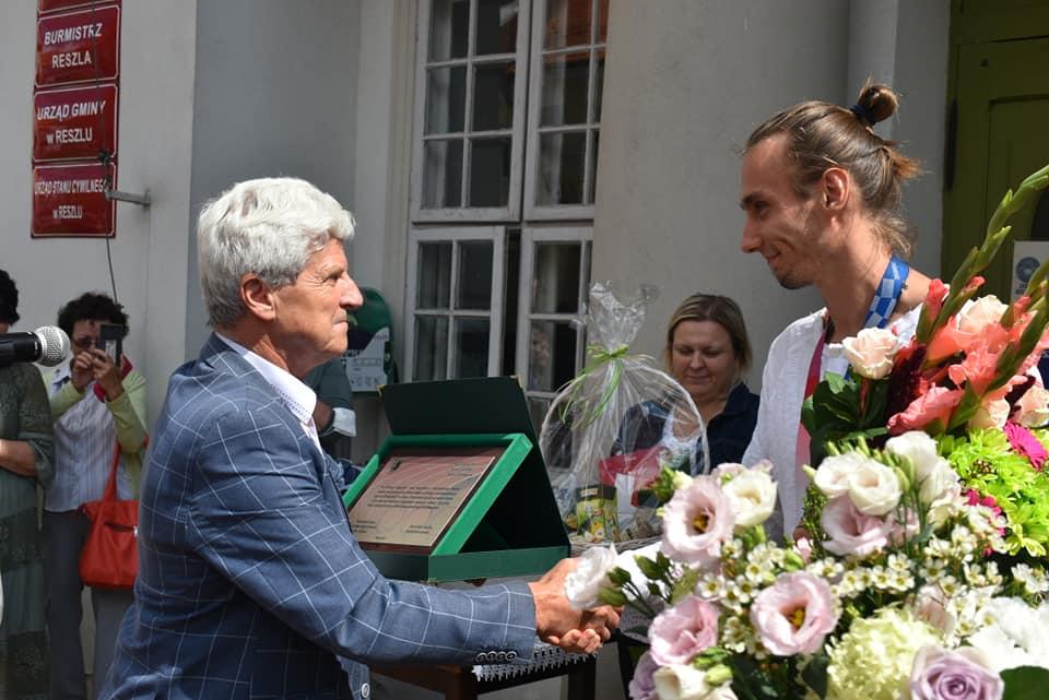 Ilustracja do informacji: Reszel powitał Mistrza Olimpijskiego